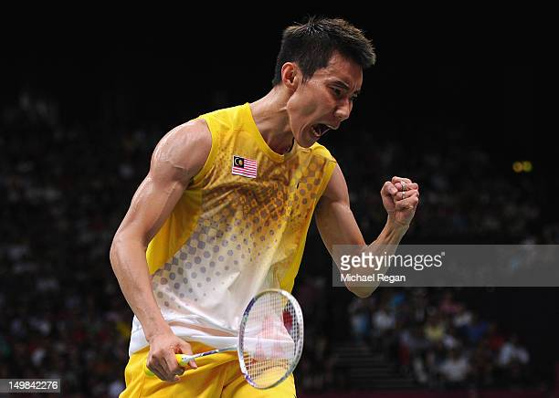 Lee Chong Wei celebrating his victory.